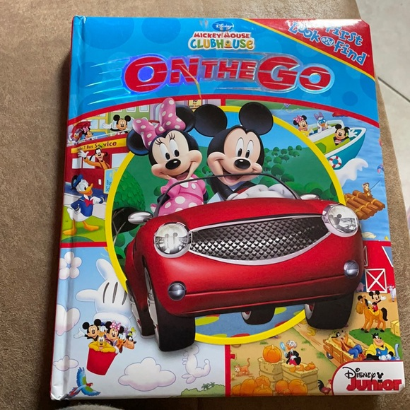 Mickey Mouse clubhouse on the go book